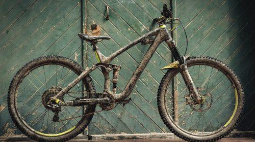 Downhill E-Bikes